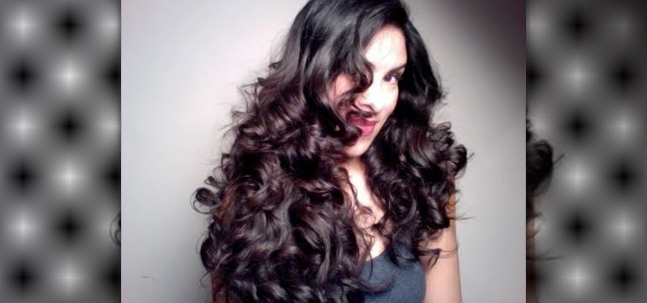 How to Make Curls With a Flat Iron Curls With a Flat Iron
