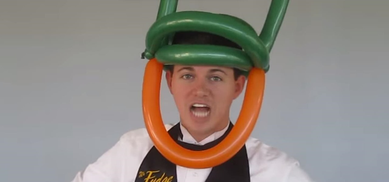 How to twist a simple leprechaun balloon hat for st patrick s day 171 balloon twisting
