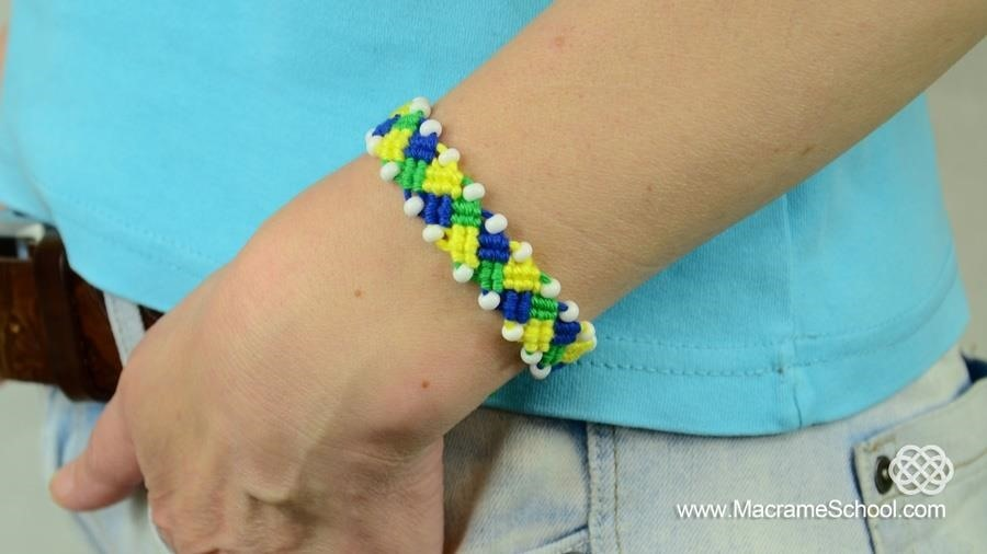 How to Make a FOOTBALL BRACELET