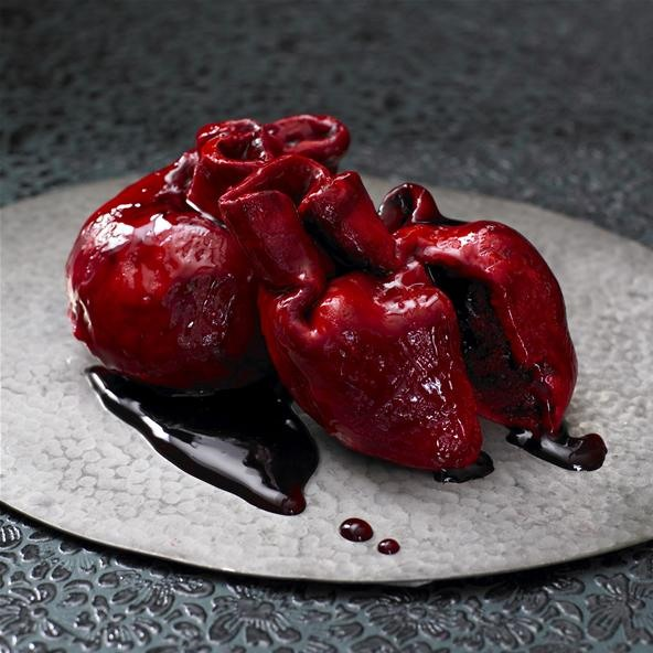 (Un)Appetizing Valentine's Day Bleeding Heart Cake