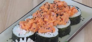 Make Spicy Tuna Sushi Rolls (Dynamite Rolls)