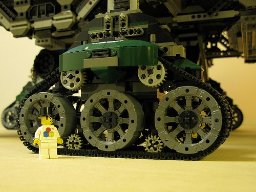 Insane Eco-Punk LEGO Crawler Town
