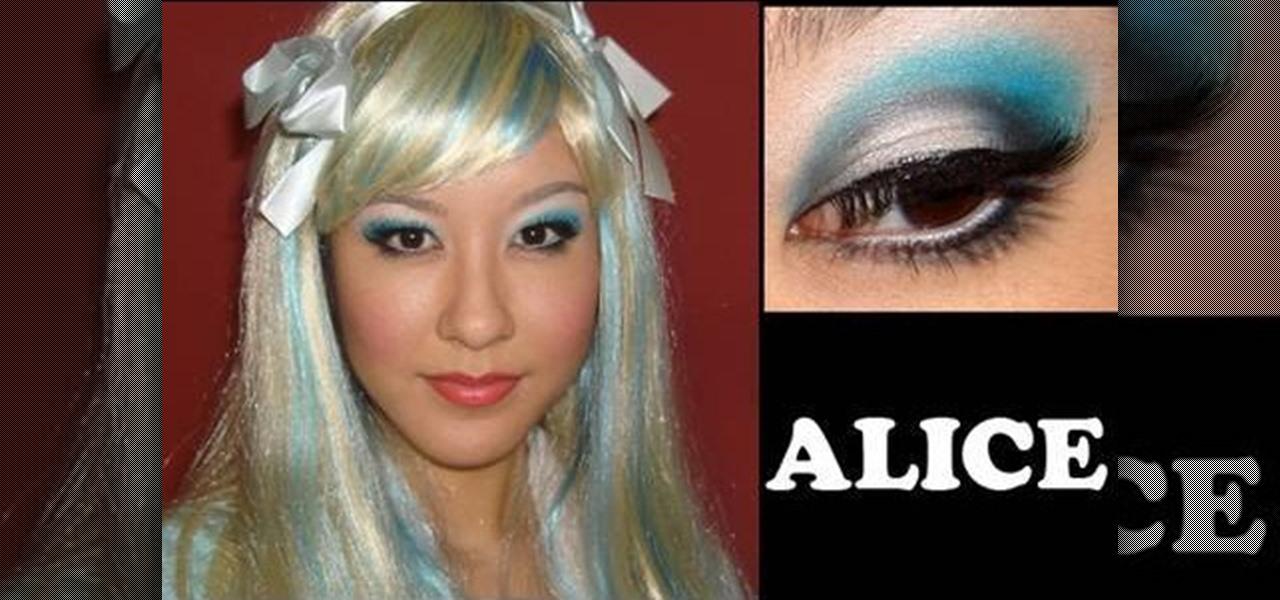How To Get An Alice In Wonderland Inspired Makeup Look
