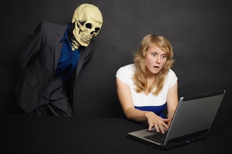 Hack Like a Pro: How to Haunt Your Boss's Computer & Drive Him Insane