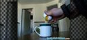 Breakan egg with one hand