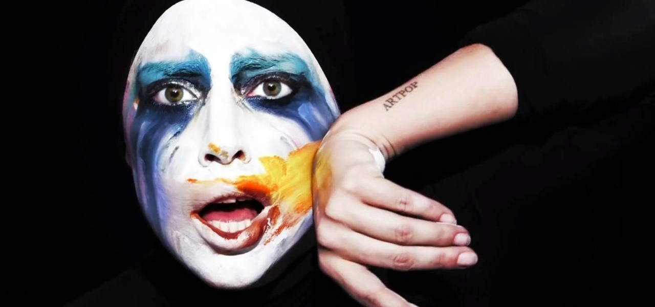 "Do Lady Gaga's Creepy ""Applause"" Clown Makeup for Halloween"