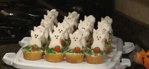 Make easy and quick Halloween cupcakes with ghost peeps