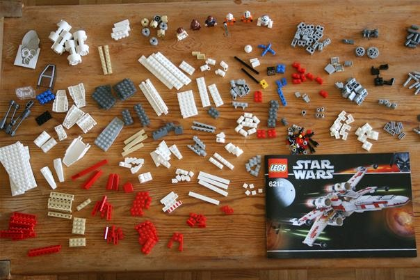 LEGO 6212 X-Wing Construction