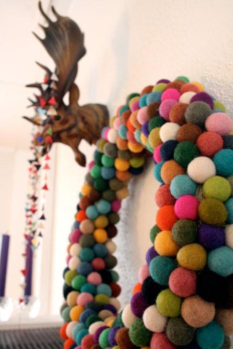 Holiday HowTo: DIY Felt Ball Wreath