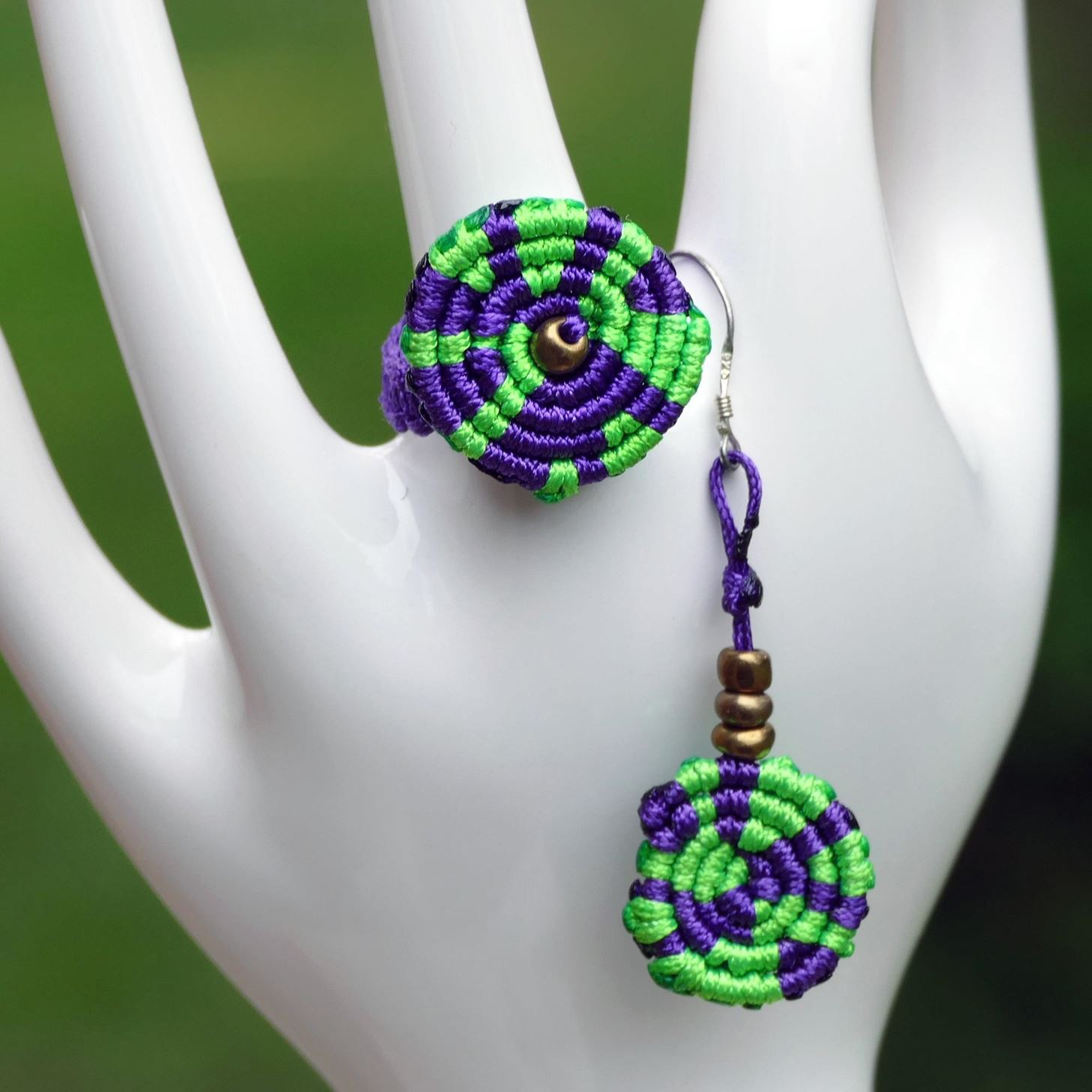 How to Make Macrame Spiral Ring and Earrings