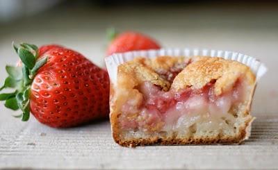 RECIPE: Strawberry Mochi Cake