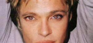 merge Angelina and Brad with Photoshop