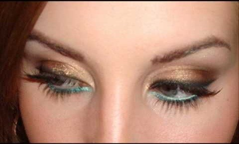 Line neutral eyes with teal