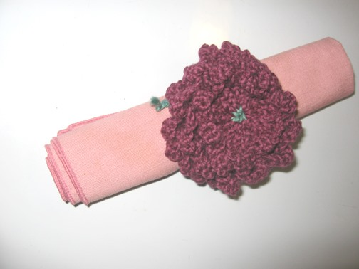 How to Knit a Flower Napkin Ring
