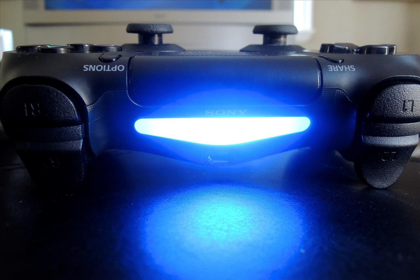 How to dim the light on your ps4s dualshock controller an error occurred aloadofball Image collections