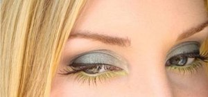 Apply a fall green eyes makeup look