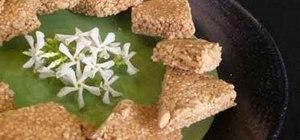 Make crispy Indian snack til sankari (tilgul)