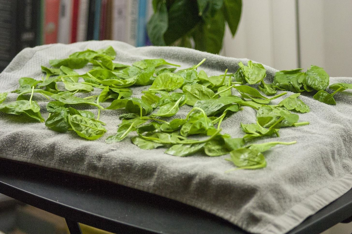 How to Dry Salad Greens Without Any Special Tools