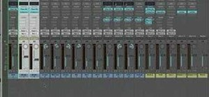 Group tracks in Logic Pro