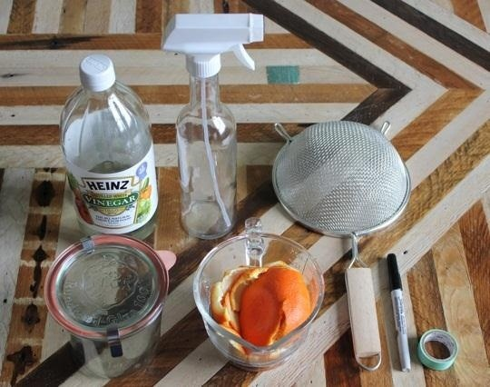 How to Make a Cheap, Simple, & Natural All-Purpose Citrus Cleaner