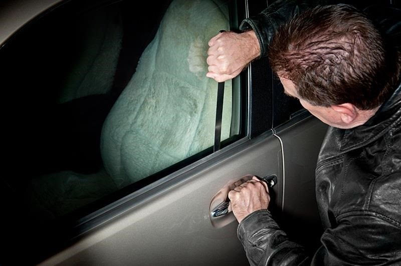 Unlocking a Car Door Without a Key & How to Open a Door Lock Without a Key: 15+ Tips for Getting Inside a ...