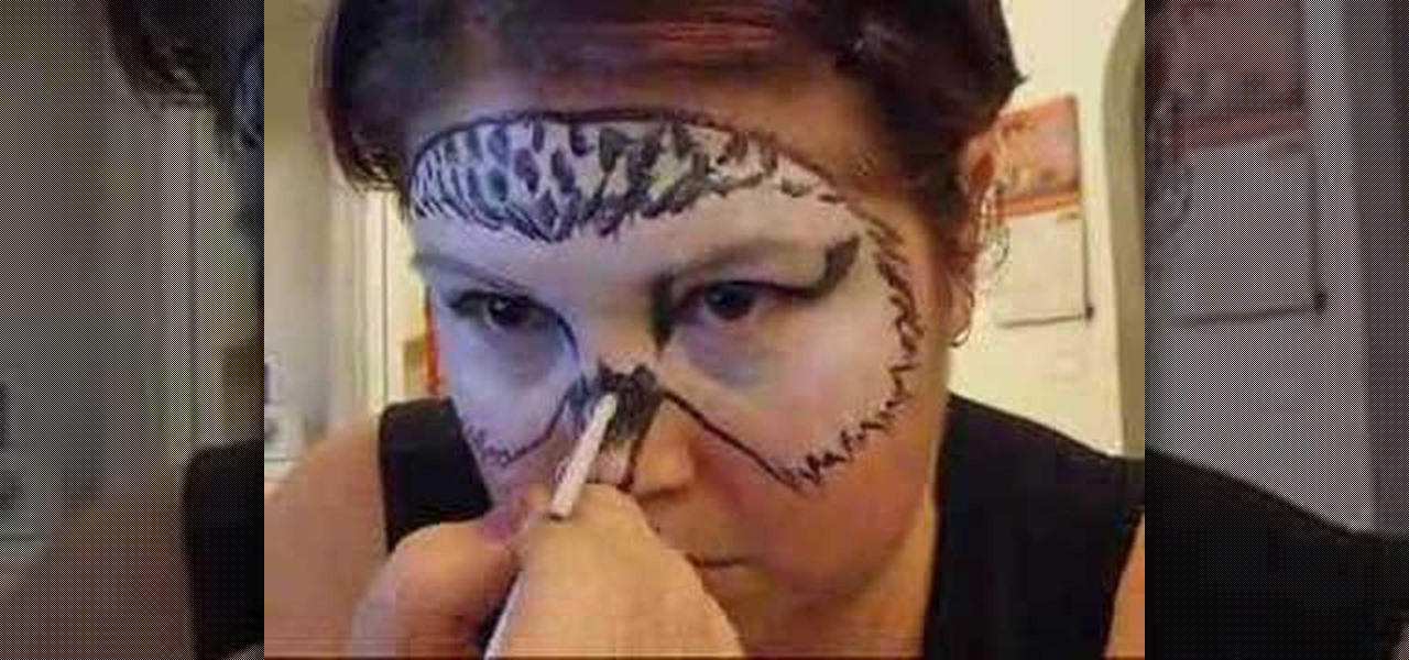 How to apply harry potter 39 s hedwig face paint kids for How to apply face paint
