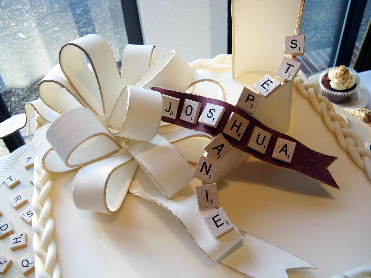 Word Nerds Unite: Planning a SCRABBLE-Themed Wedding