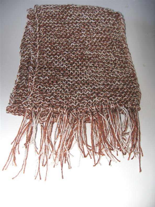 Knitting Pattern Scarf With Fringe : How to Make Fringe for a Scarf   Knitting & Crochet
