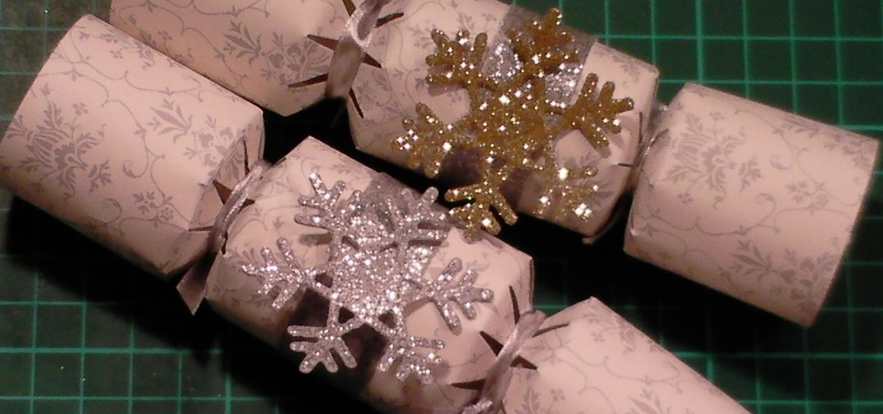 Make Christmas Crackers Using a Tonic Die