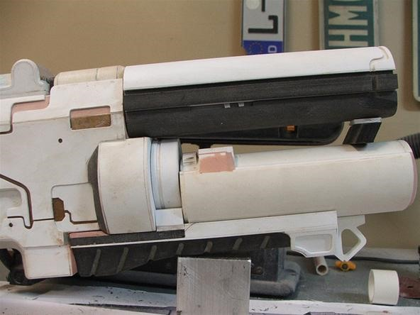The N7 Rifle from Mass Effect 3 Replicated in Extreme Detail