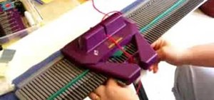 Handle jams on a knitting machine