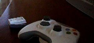 Open and close an Xbox 360 wireless controller