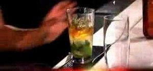 Mix a Woodford Reserve mint julep cocktail