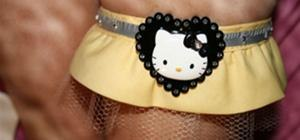 DIY your own Hello Kitty Garter