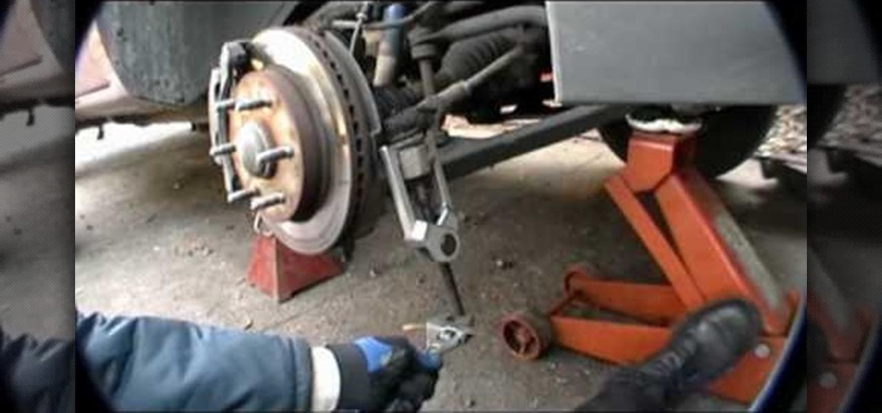 Suzuki Cfront Tire Removal