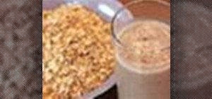 Blend a deliciously healthy oatmeal fruit smoothie