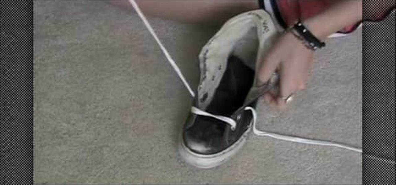 super popular 000aa 7ad1c How to Tie your Converse high tops in a fun way « Fashion    WonderHowTo