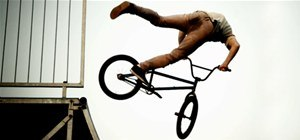 This Is What BMXers Look Like Slowed Down to 1,000 FPS