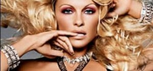 Create Pamela Anderson makeup