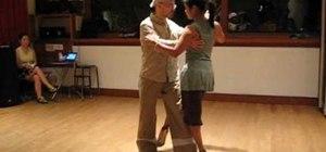 Do a tango pivot wrap