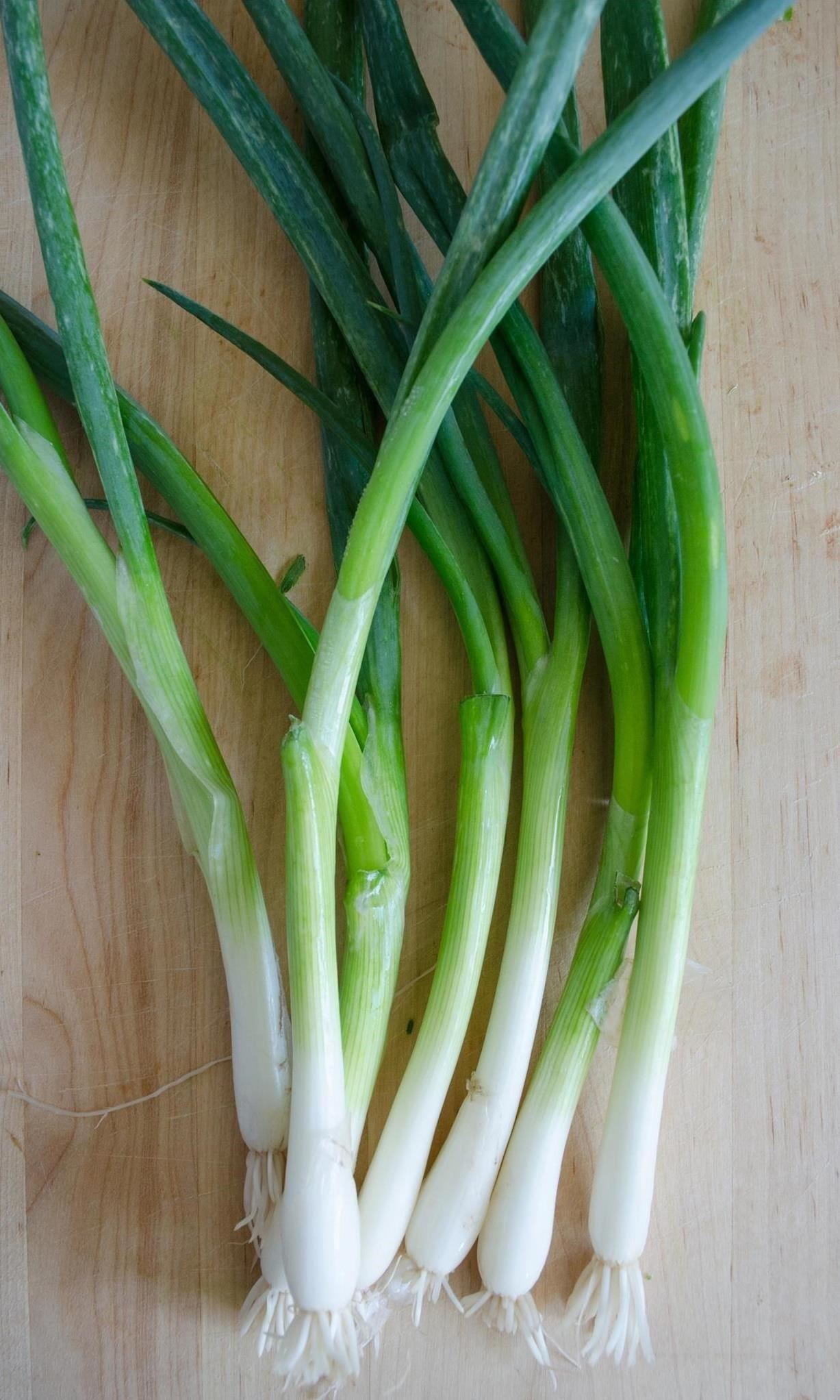 Not All Green Onions Are the Same—Here's How They Differ ...