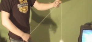 "Perform the ""split bottom mount"" yo-yo trick"