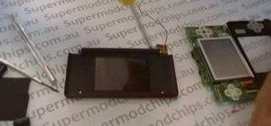 Repair a Nintendo DS Lite top screen