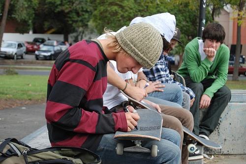 Skateboard Face Crash Prank