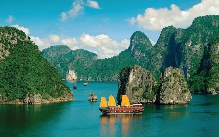 Get Vietnam Visa Online in Only 5 Minutes