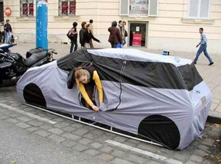 Urban Camping: The Car Tent for a Curbside Campsite