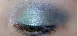 Create a nautical inspired eye makeup look