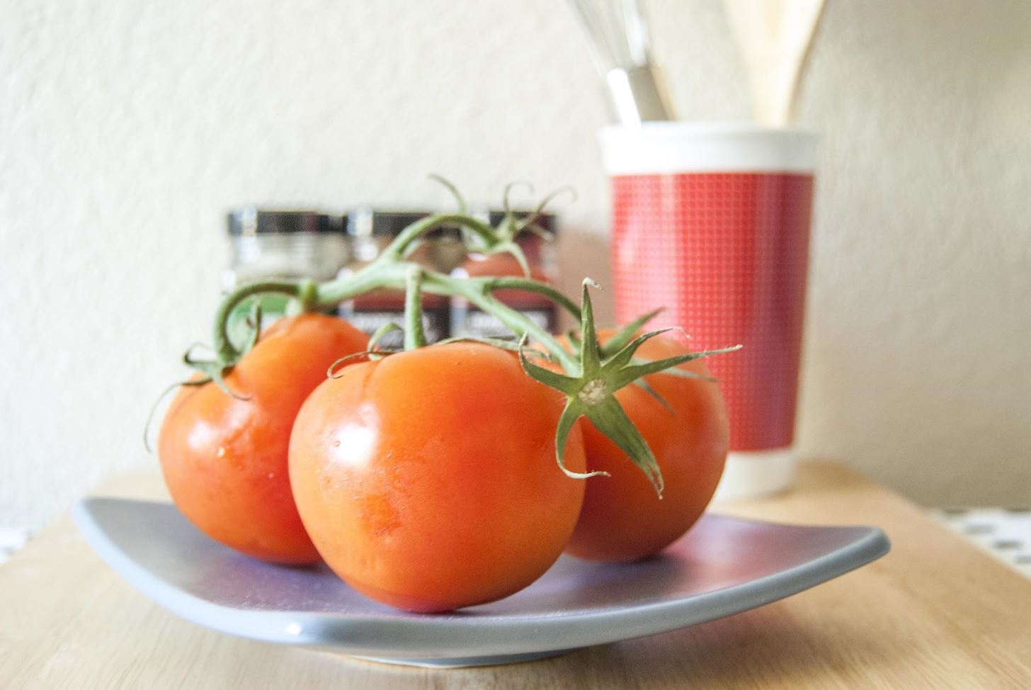 The Only Time You Should Ever Store Tomatoes in Your Fridge