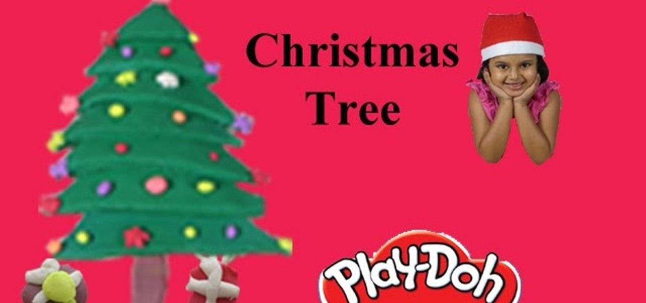 Make Playdough Christmas Tree with Play-Doh
