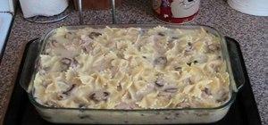 Make creamy tuna & mushroom pasta